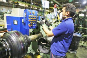 تحقق 103 درصدی تولید تایر در کویرتایر